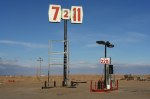 Gas station in Arizona (photo Alex Proimos)