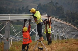 construction of Asyv solar power plant in Rwanda (photo Scatec Solar)