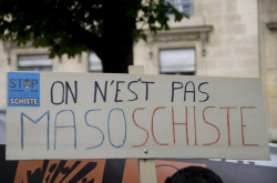photo Nicolas Sawicki (shale gas = gaz de schiste in French)