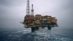 stormy weather for Brent Charlie in 1988 (photo Shell)