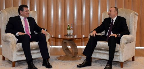 Bilateral meeting between Ilham Aliyev President of the Republic of Azerbaijan on the right and Maroš Šefčovič in Baku 23 Feb 2017-slider
